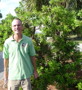 native plants - Jeff Nurge of Delray Beach went native in his yard