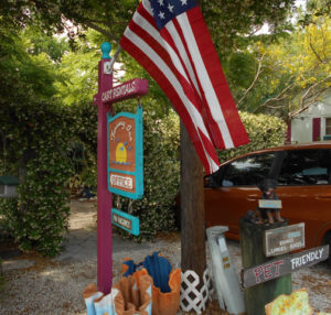 Old Cedar Key walking tour - Faraway Inn